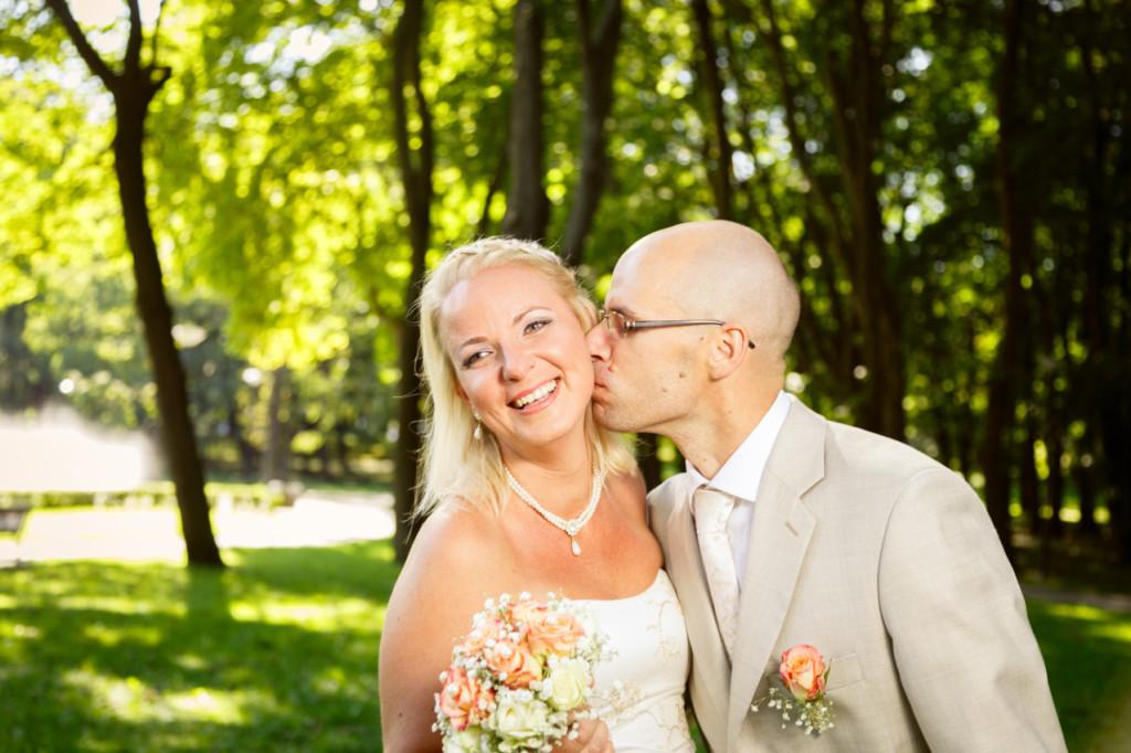 Ilupildisessioon Kalamaja pargis, pulmafotograaf, pulmafoto
