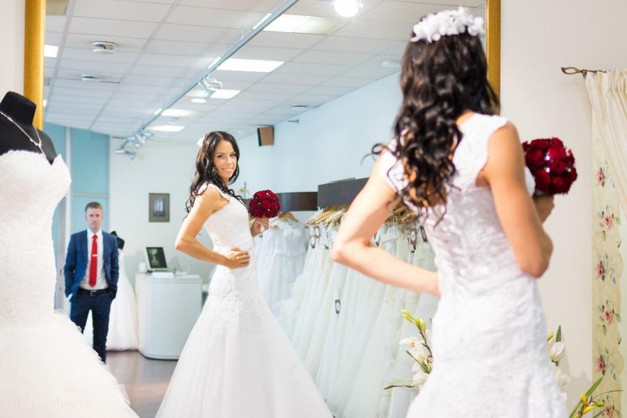 ettevalmistused Anna-bella salongis, pulmafoto, pulmafotograaf